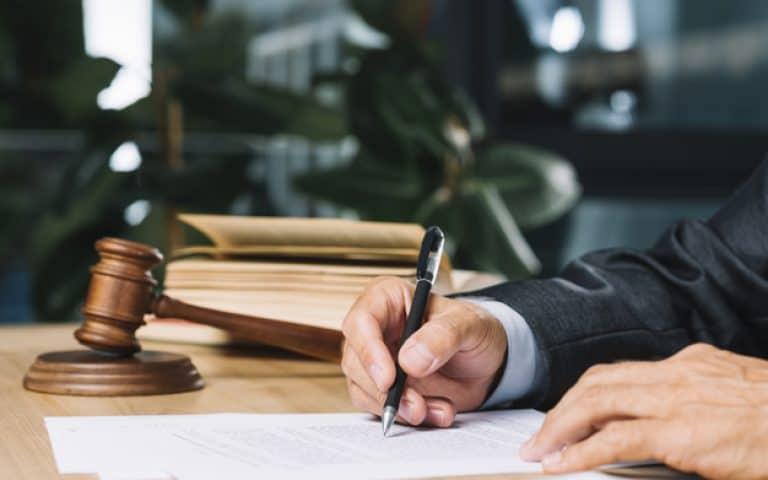 יד ריבה – סיוע משפטי חינם לקשיש