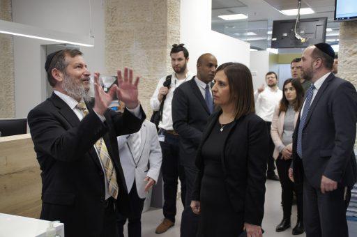 """""""מדינת ישראל צריכה לאמץ את המהפך החברתי של יד שרה"""""""